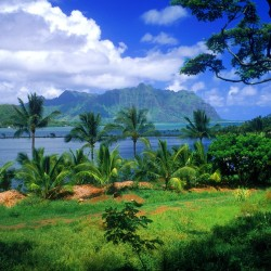 kaneohe-fish-pond-oahu-hawaii